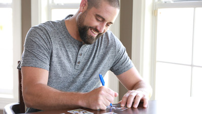 In the new video, Neshek describes the joy and adrenaline rush upon finding a coveted card, and why he decided to focus on collecting the 1970 Topps set, and why he enjoys the story behind each card.