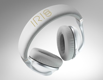 IRIS Flow headphones in white
