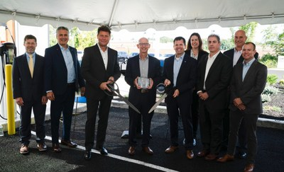 President and CEO of Capital Luxury Cars and Friendly Auto Group, Eric Kahn (Center) with President and CEO of Volvo Car USA, Anders Gustafsson (Left Center) and other members of the Volvo Car USA Executive Team.